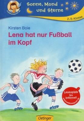Lena hat nur Fußball im Kopf
